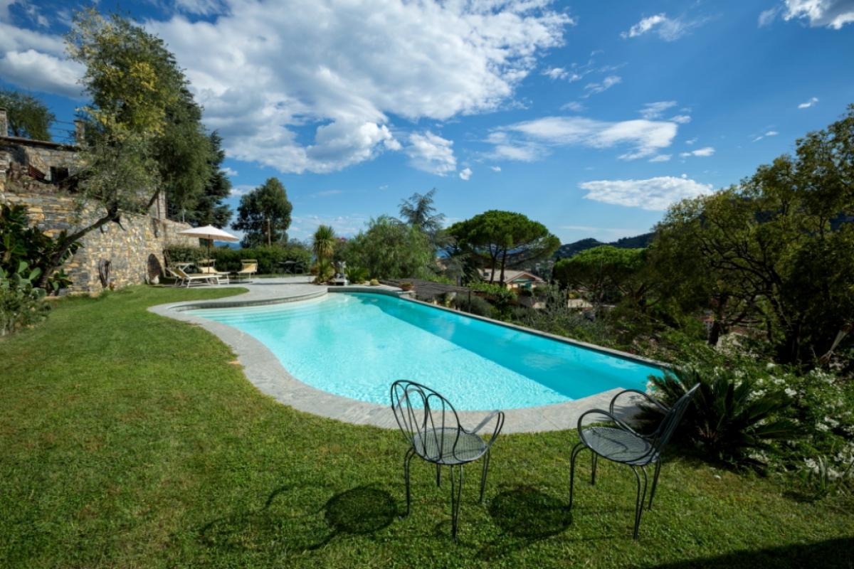 piscina-forma-libera-verona_1200x800